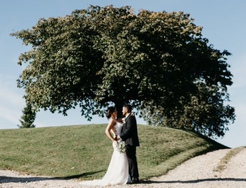 Monochrome & Foliage | Cotswold Real Wedding | Getting Married in a Pandemic